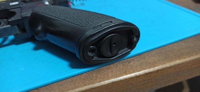 HK416_次世代軽量化Ⅱ_15_グリップ.jpg