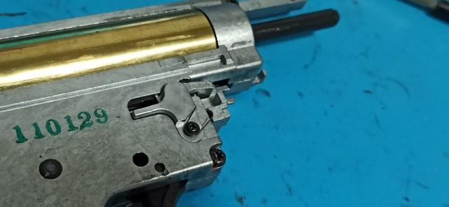HK416_次世代軽量化Ⅱ_24_ボルトストップ機構.jpg