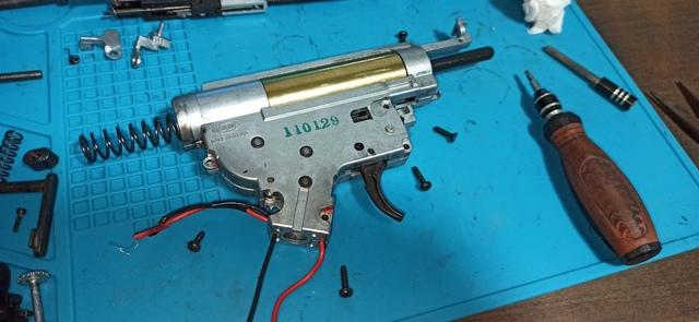 HK416_次世代軽量化Ⅱ_28_ネジ取外し.jpg
