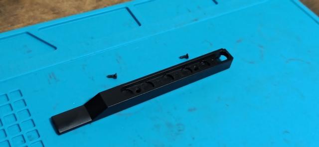 HK416_次世代軽量化Ⅱ_2_配線カバー.jpg