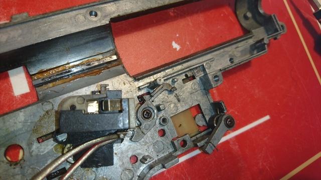 T238 DTU018 スイッチ分解2.JPG